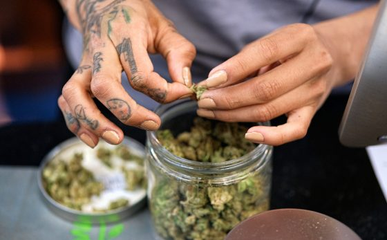 Los Angeles Races To Get Ready To Be Biggest Legal Marijuana Market In World